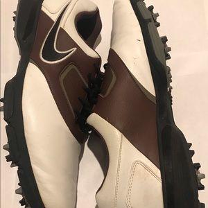 Nike Golf Heritage Men's Golf Shoes